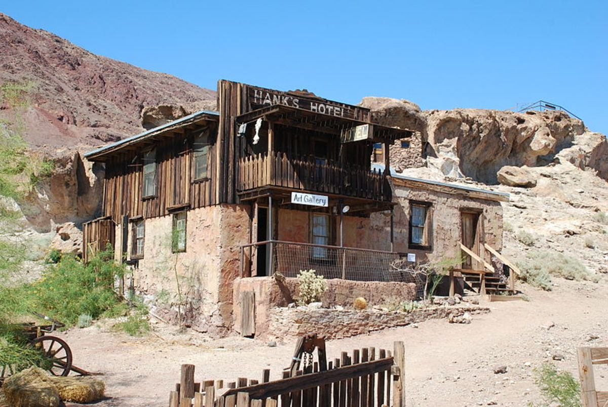 Jan Kronsell photographed Hank's Hotel in Calico on July 5, 2010.