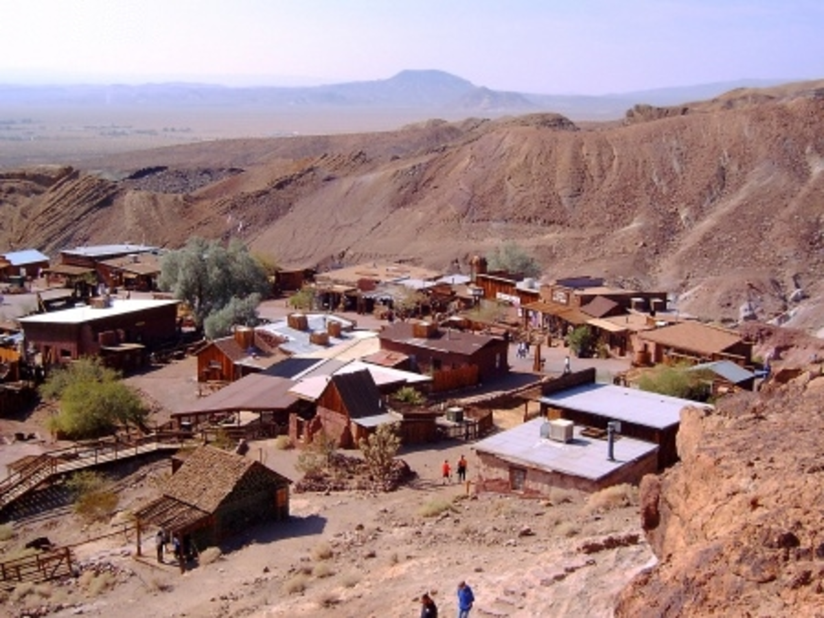 Enrico Stirl photographed the Calico ghost town in October 2004.