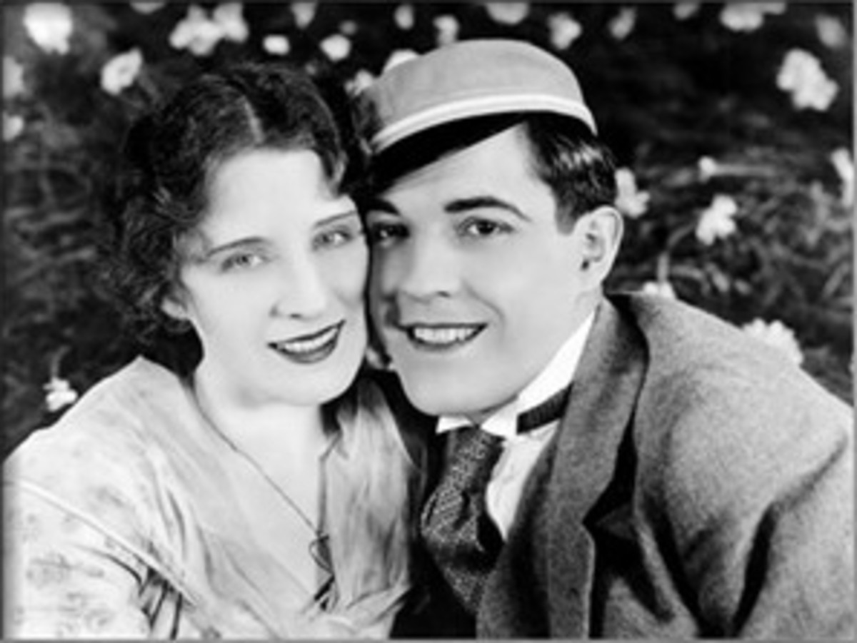 "Norma Shearer and Ramon Novarro in ""The Student Prince in Old Heidelberg"""