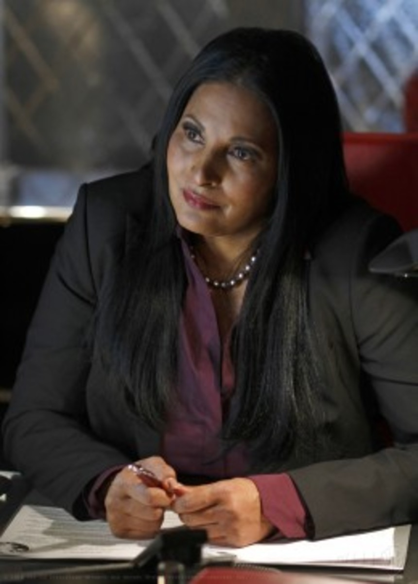 Pam Grier as White Queen