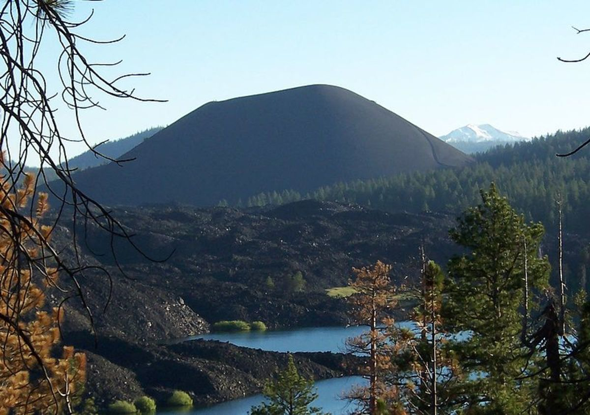 View of the cinder cone from behind Snag Lake in Lassen Volcanic National Park.