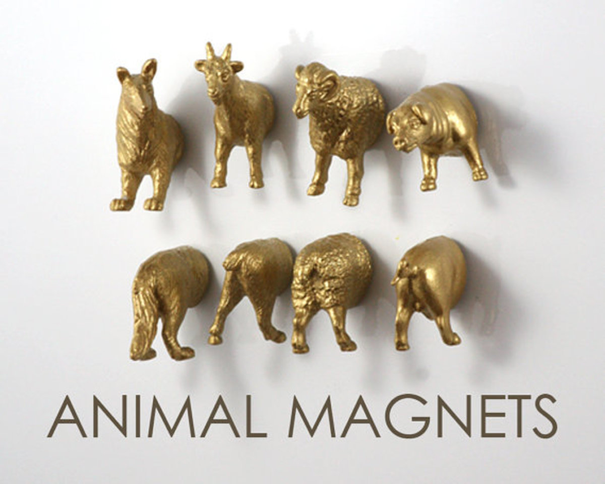 You can choose to purchase animal magnets in a variety of colors from The Original Animal Magnets. Find them in the etsy shop of the same name.