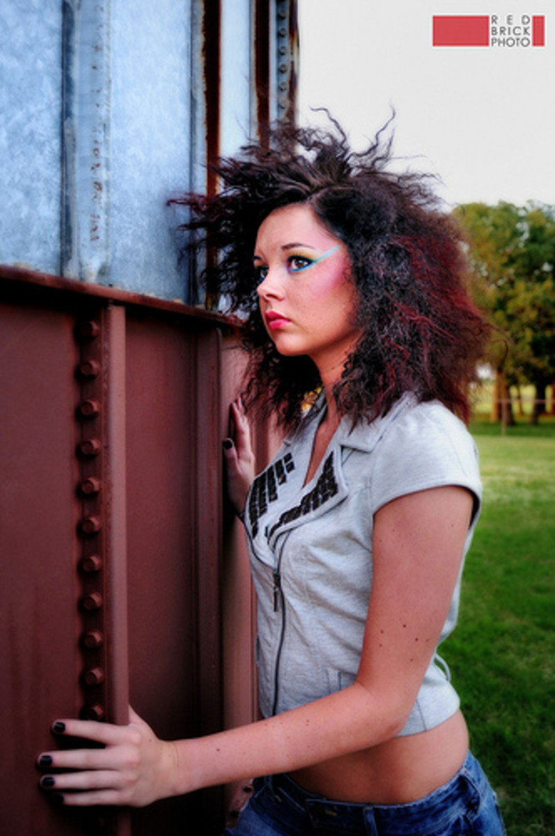 If your hair looked like this, you'd stare pensively at walls, too.