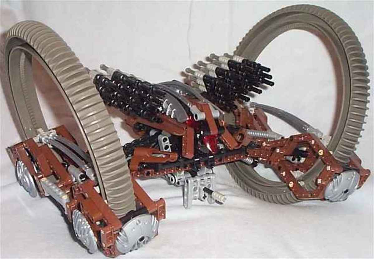 LEGO Star Wars Hailfire Droid 4481 Assembled