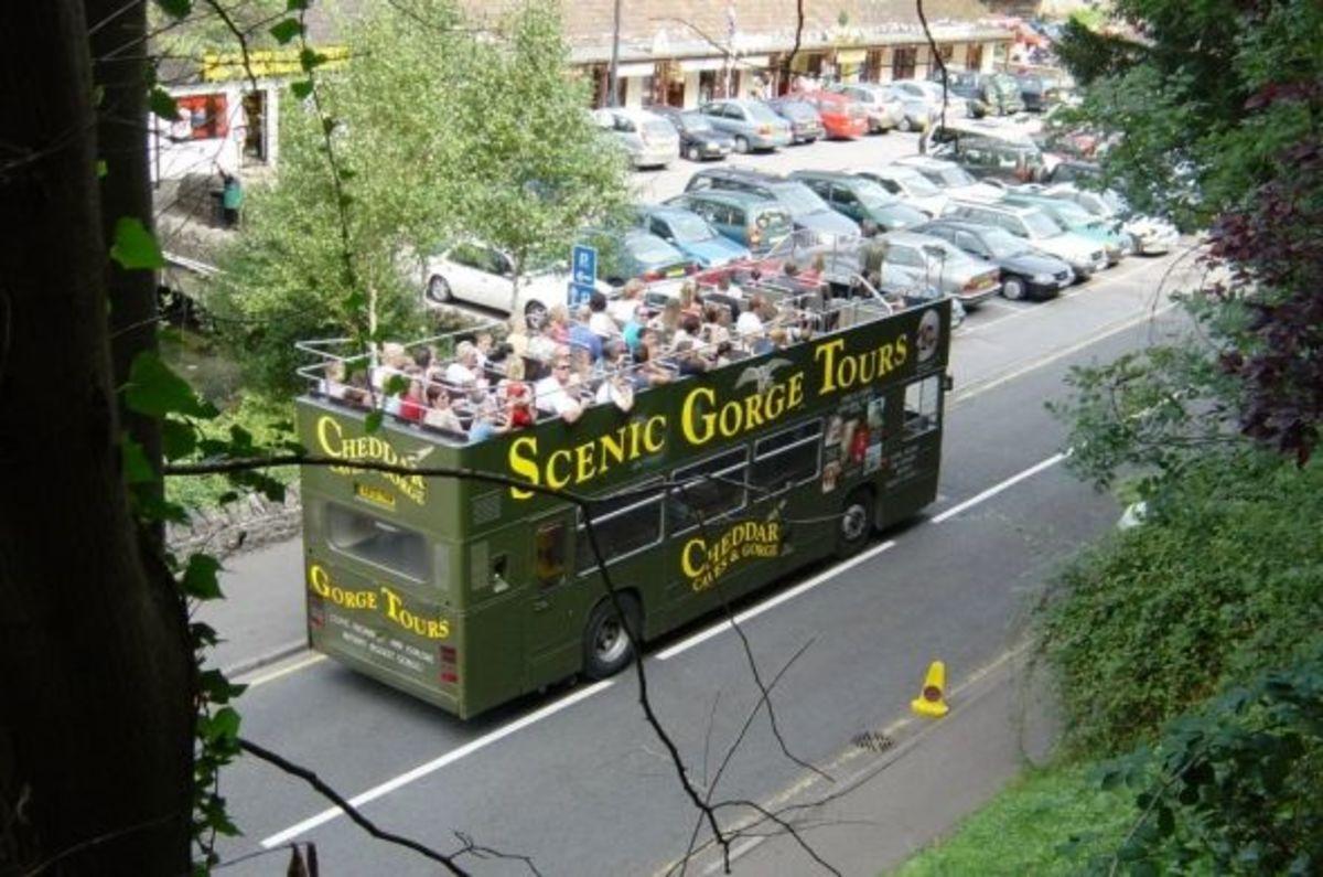 Cheddar Gorge Tour Bus