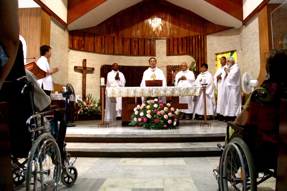 mass for the sick during the relic visit to the Church of the Camillian Sisters