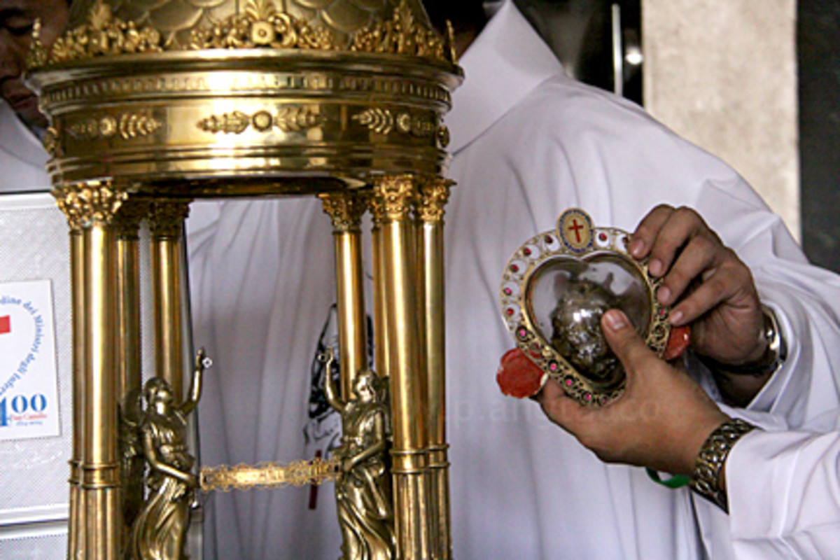 transfer of the heart relic