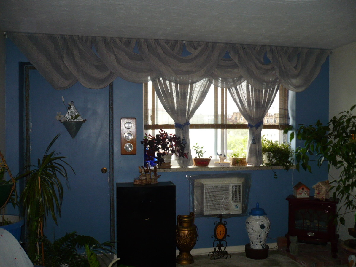 Decorating on a budget in Blue.