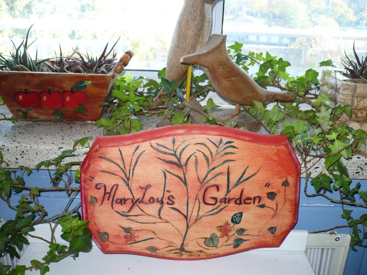 DIY garden art. Personalize your garden space.