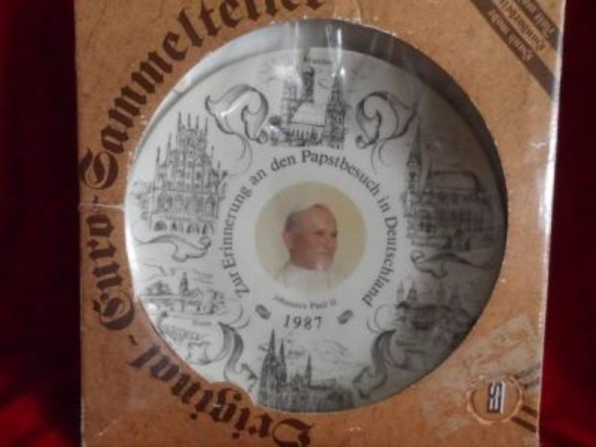 A commemorative Pope plate for his visit to the tearing down of the Berlin Wall