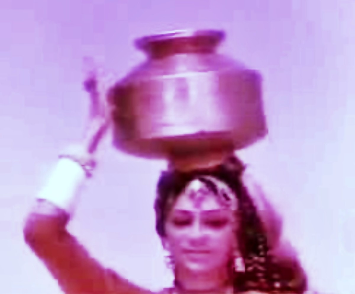 Simi Grewal in Do Boond Pani. A melodious song about womenfolk going out to fetch water for their households.
