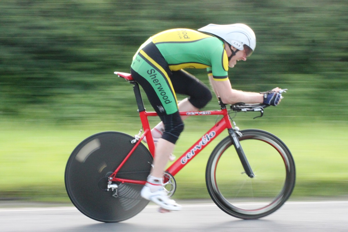 Individual sports like cycling time trials are ideal for introvert personalities.