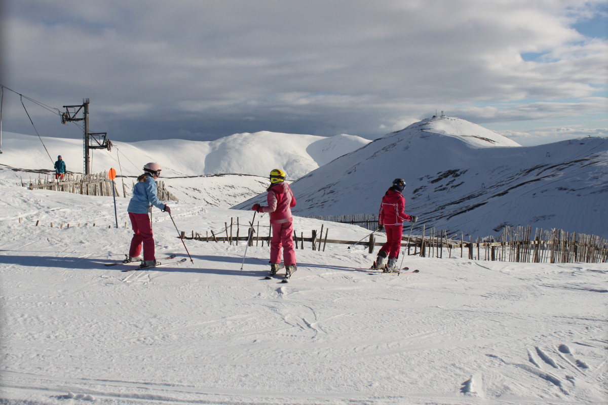 Introverts in sport tend to concentrate towards individual pursuits like skiing.Photo taken at Glenshee Ski Resort, Scotland