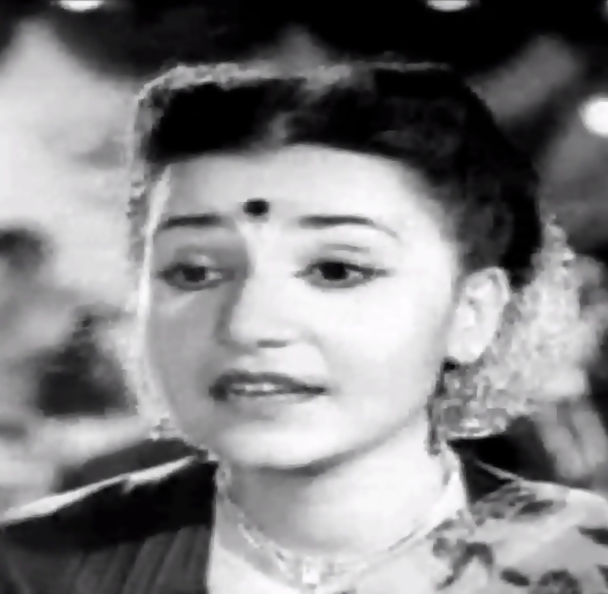 Actress Rehana in Sargam - A nice number that pulls a hard one on artificial vocal distortions becoming a part of classical music
