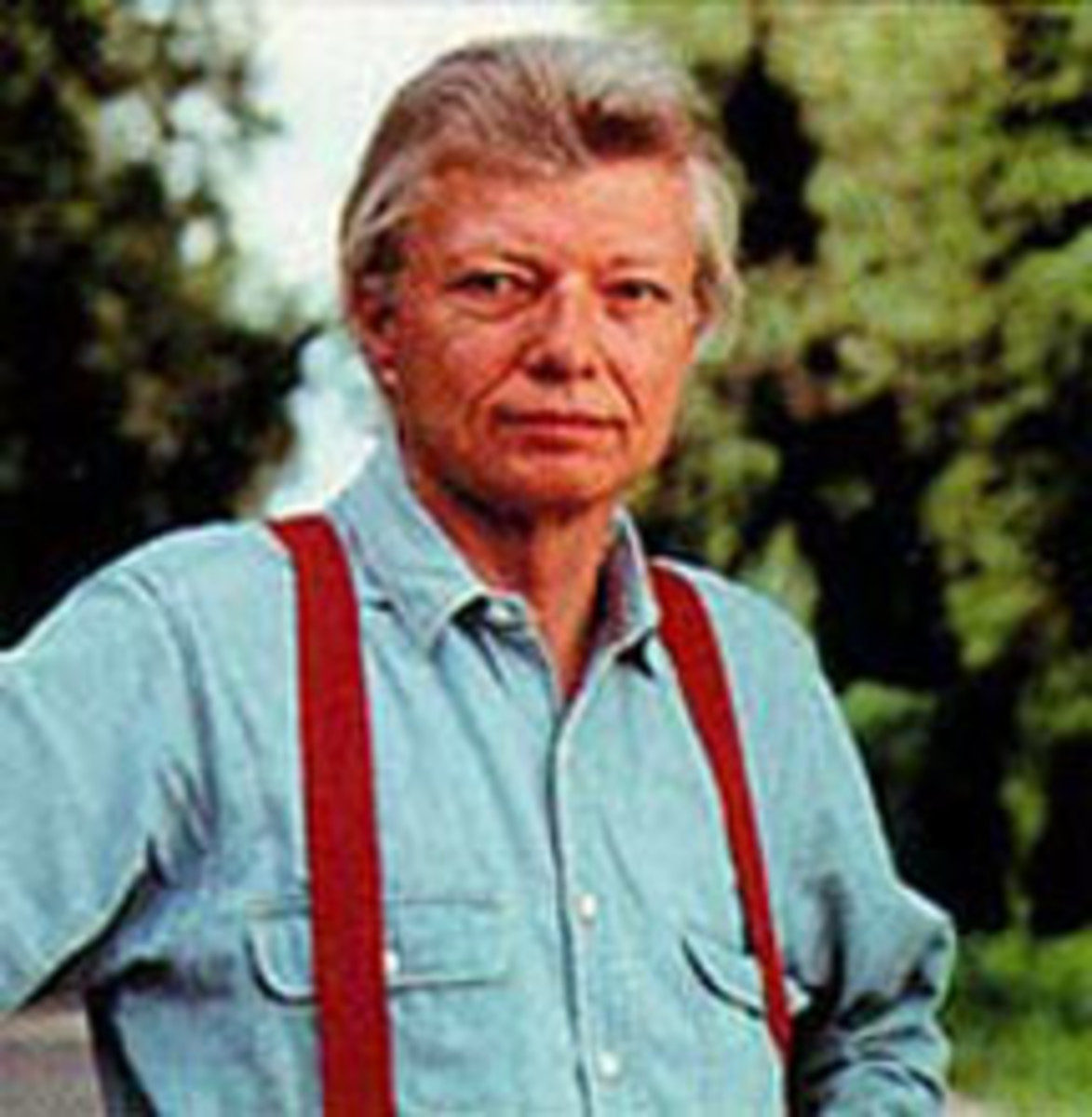 Do you see a resemblance between Robert Waller, author of the book Bridges of Madison County and Robert Kincaid, the main character?