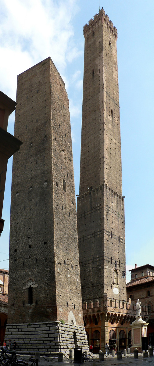 The two towers of Bologna built in the 12th century!