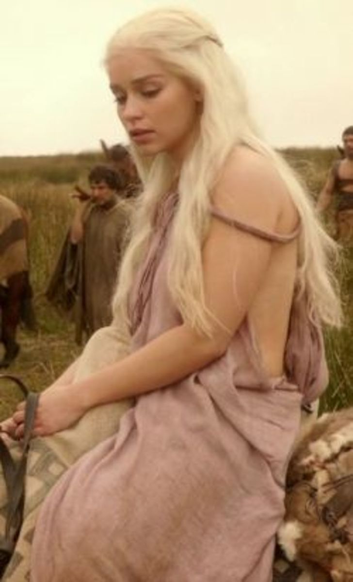 Emilia Clarke as Daenerys Targaryen, Game of Thrones Season 1