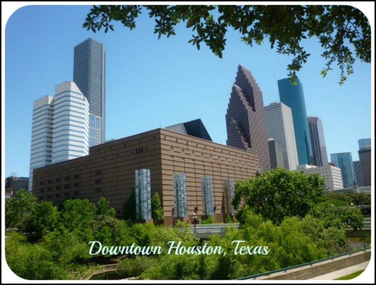 Artist Sculptures and Sculptural Art in Downtown Houston, Texas