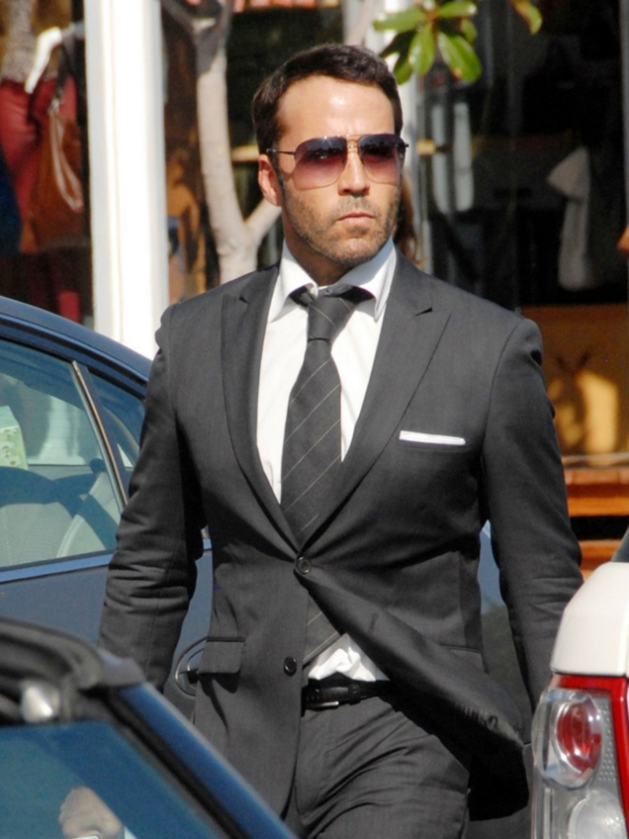 what-to-learn-from-entourage-why-you-should-be-like-ari-gold