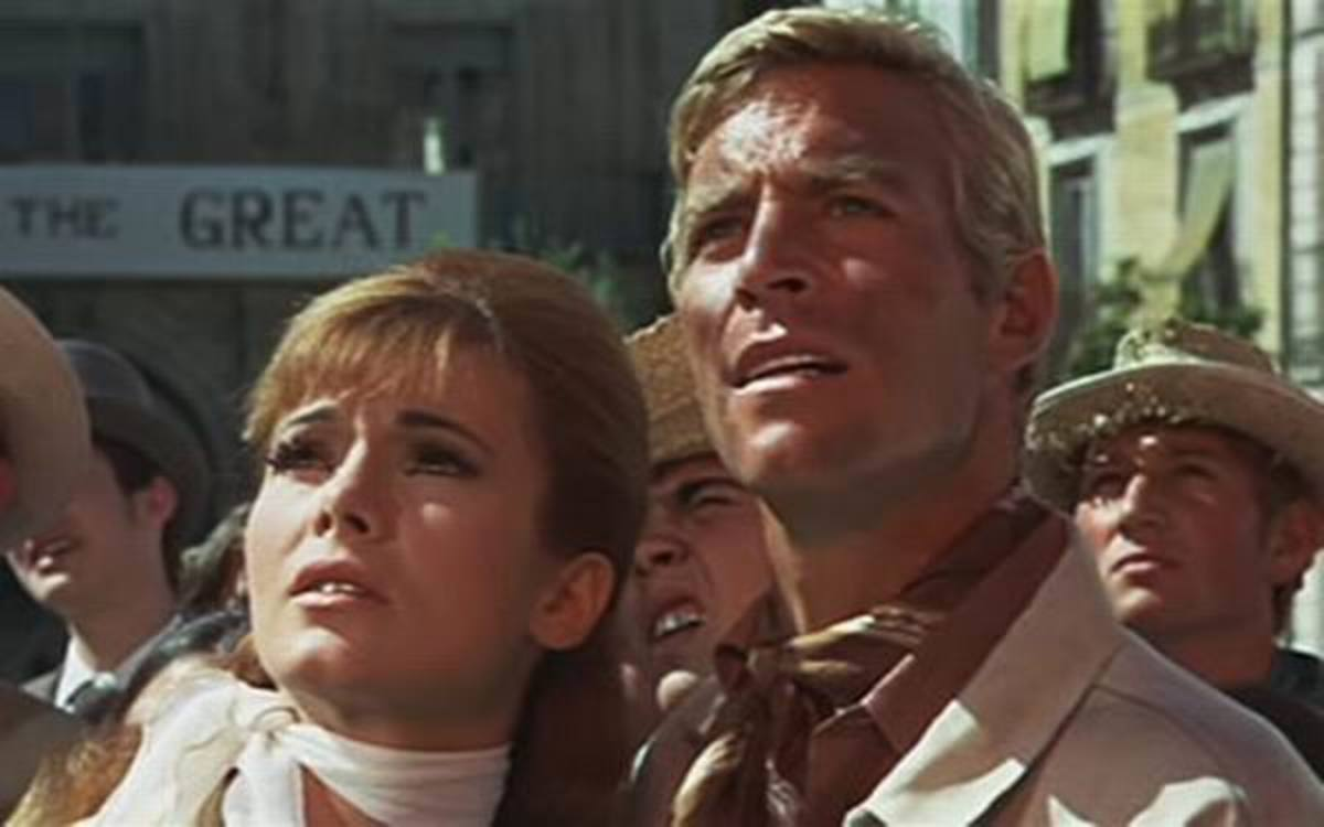 Gila Golan and James Franciscus in The Valley of Gwangi (1969)