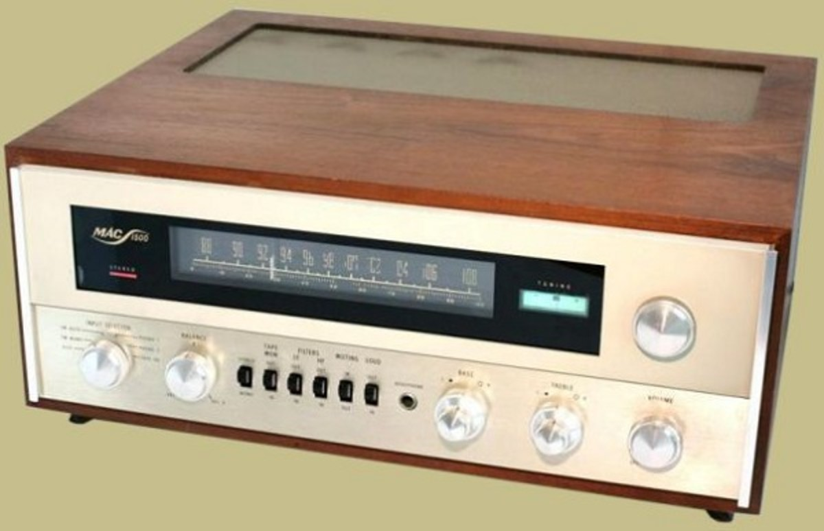 A vintage McIntosh integrated Amplifier and Tuner.