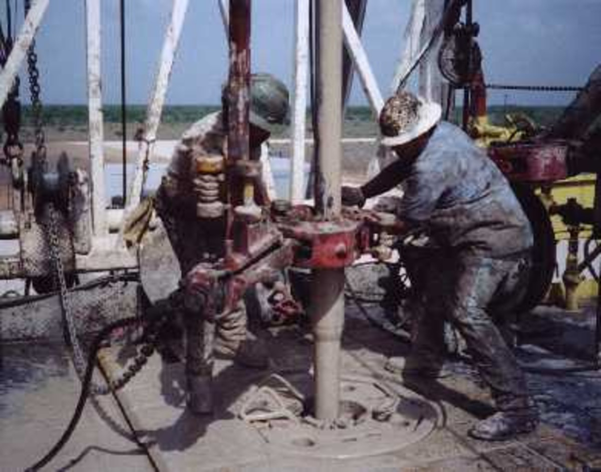 How Much Income Do Oilfield Roughnecks Earn