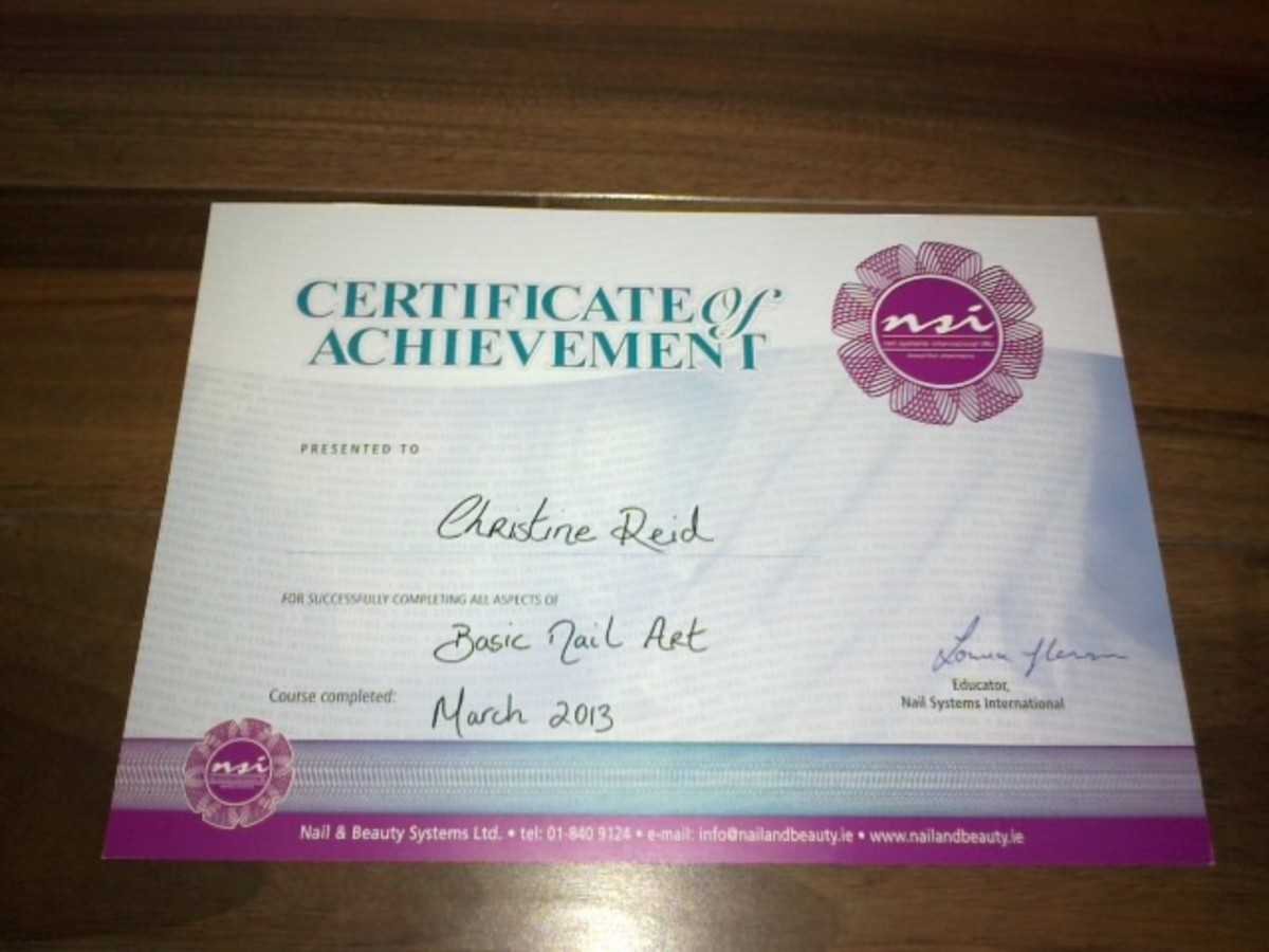 Certificate of achievement on completion of the Basic Nail Art course. Preform interesting nail art at your nail salon with nail beauty treatments.
