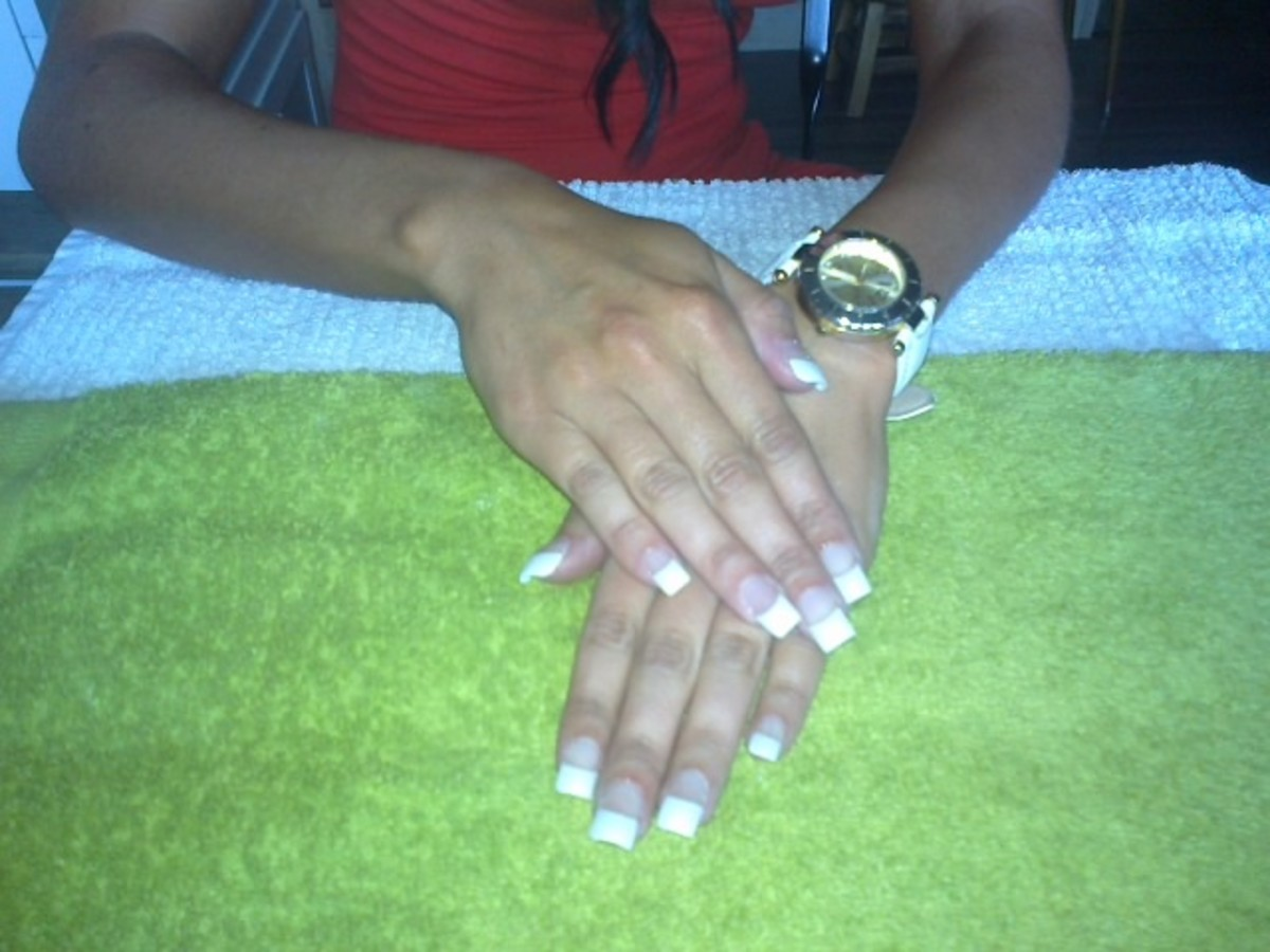 Full set of acrylic nails with French tip and also full colour acrylic nails with nail art are the courses I took while training to become a nail technician. My dream has always been to work in the nail industry and open my own nail salon one day.