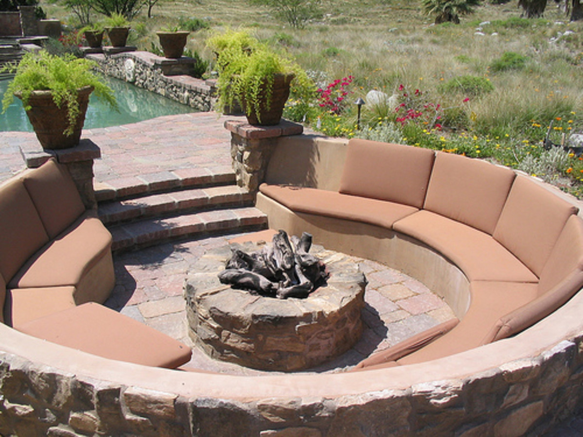 Fire Pits Go Great with Summer Nights