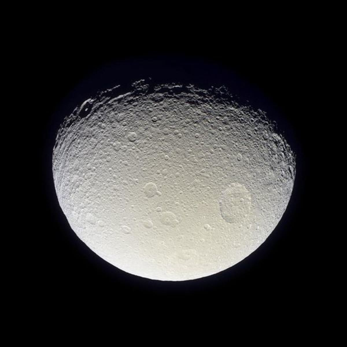 The moon does not have twilight because it has no atmosphere.