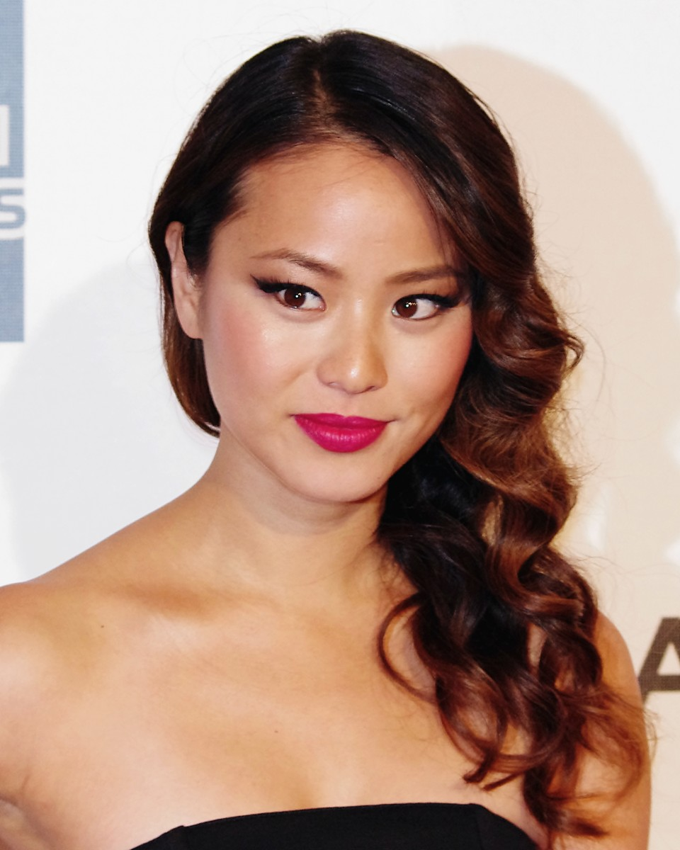 Jamie Chung. Korean curly hair.