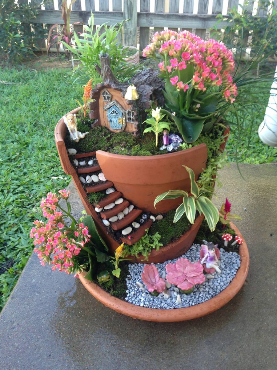 Make a Fairy Garden in a Broken Pot