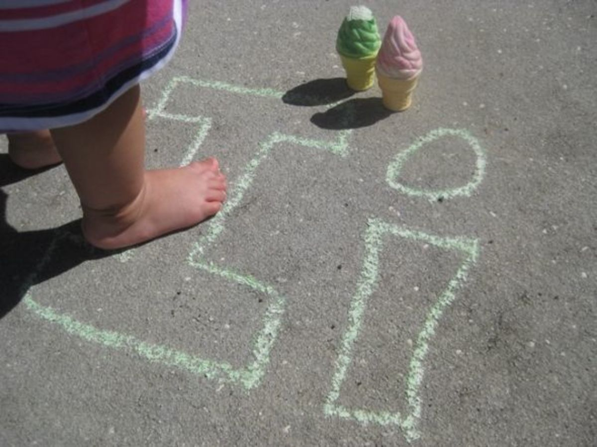 alphabet activites for kids i is for ice cream chalk