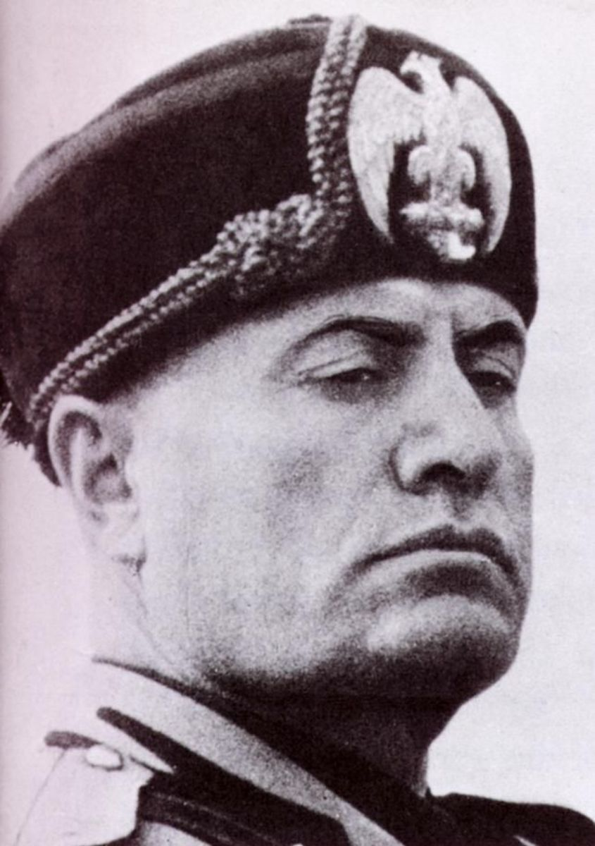 Mussolini was fond of hats