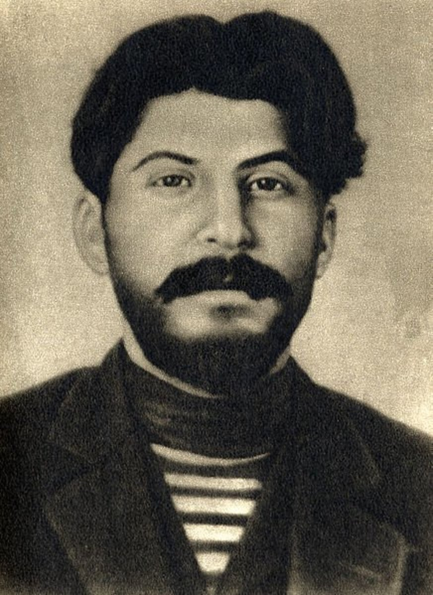 Josef Stalin in his youth, looking quite hipster. Circa 1912