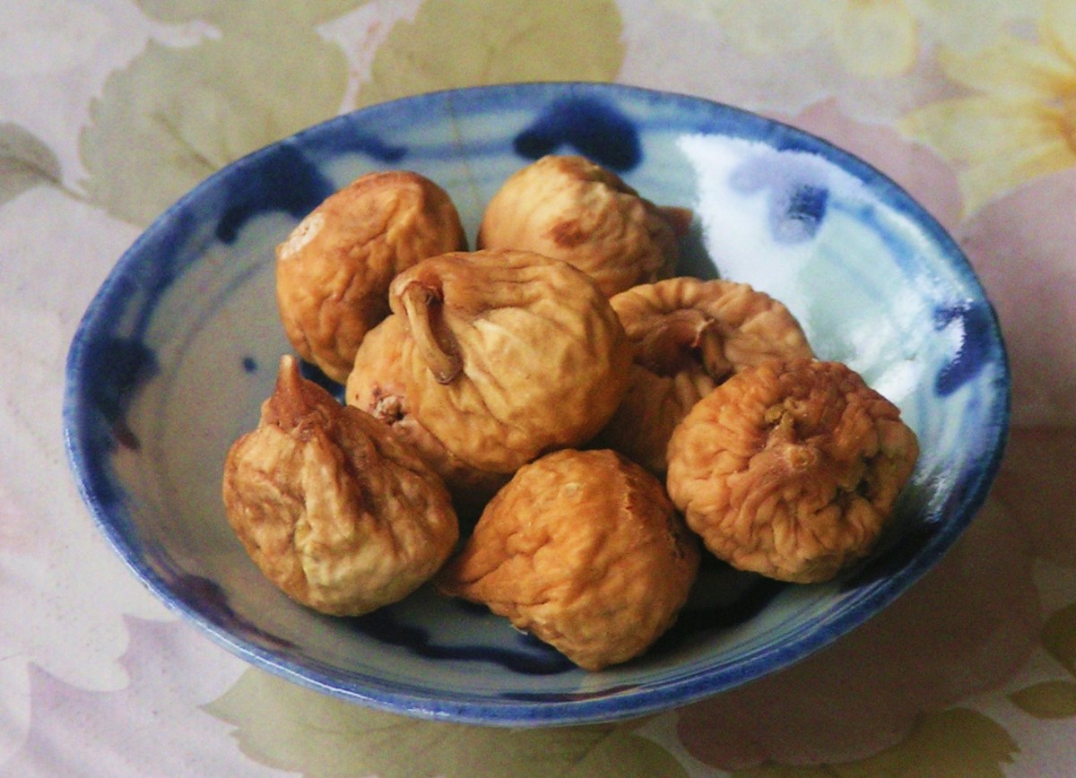 natural-cure-for-piles-using-dried-figs