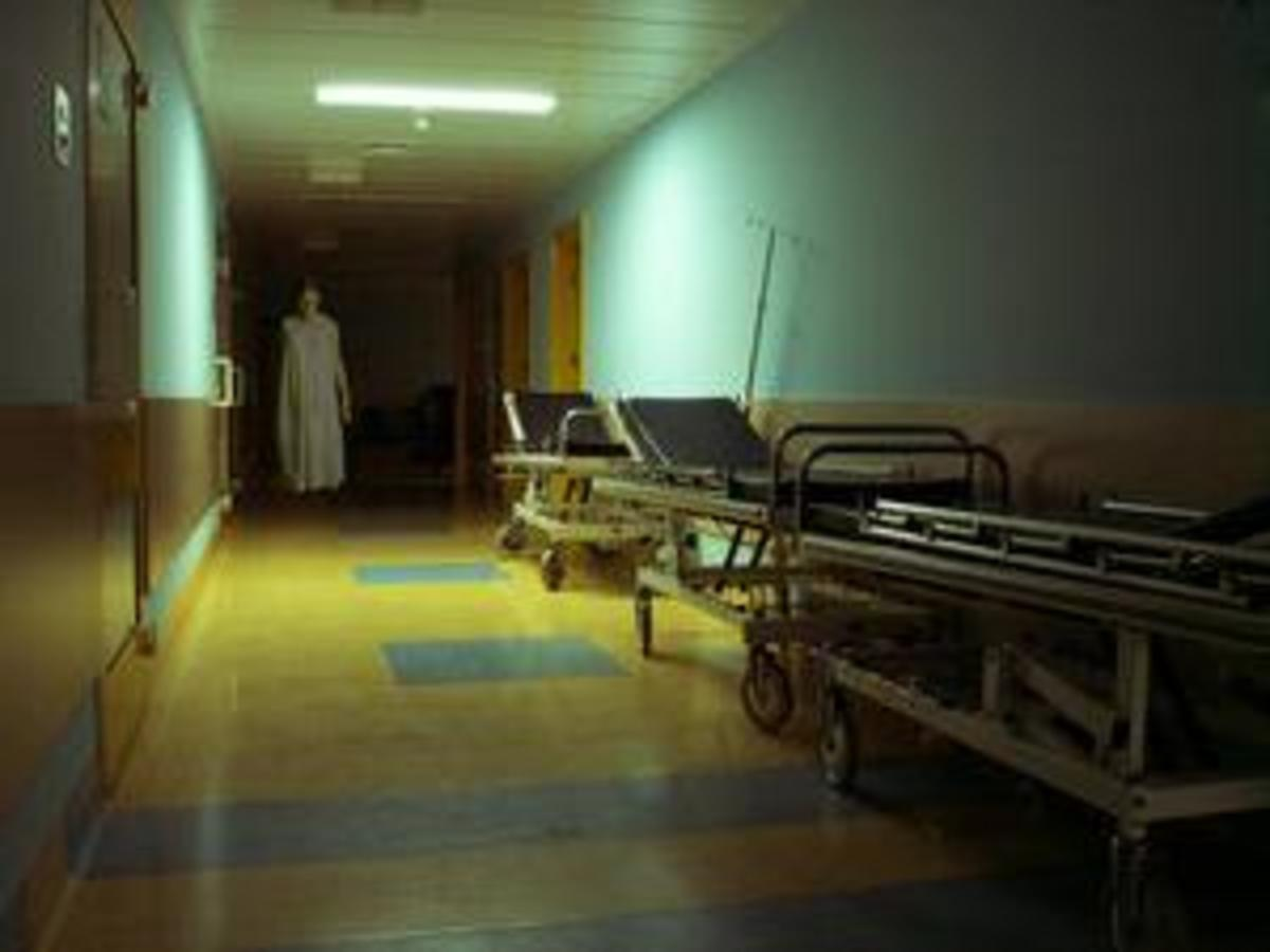 Nurses And Doctors See Strange Things In Hospitals All The Time.