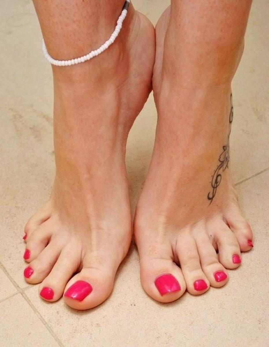 which guy makes your toes curl?