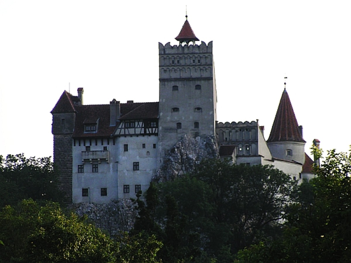 Bran Castle is passed in the touristic circuit as Dracula's castle. However, in reality Vlad Dracul never lived here.