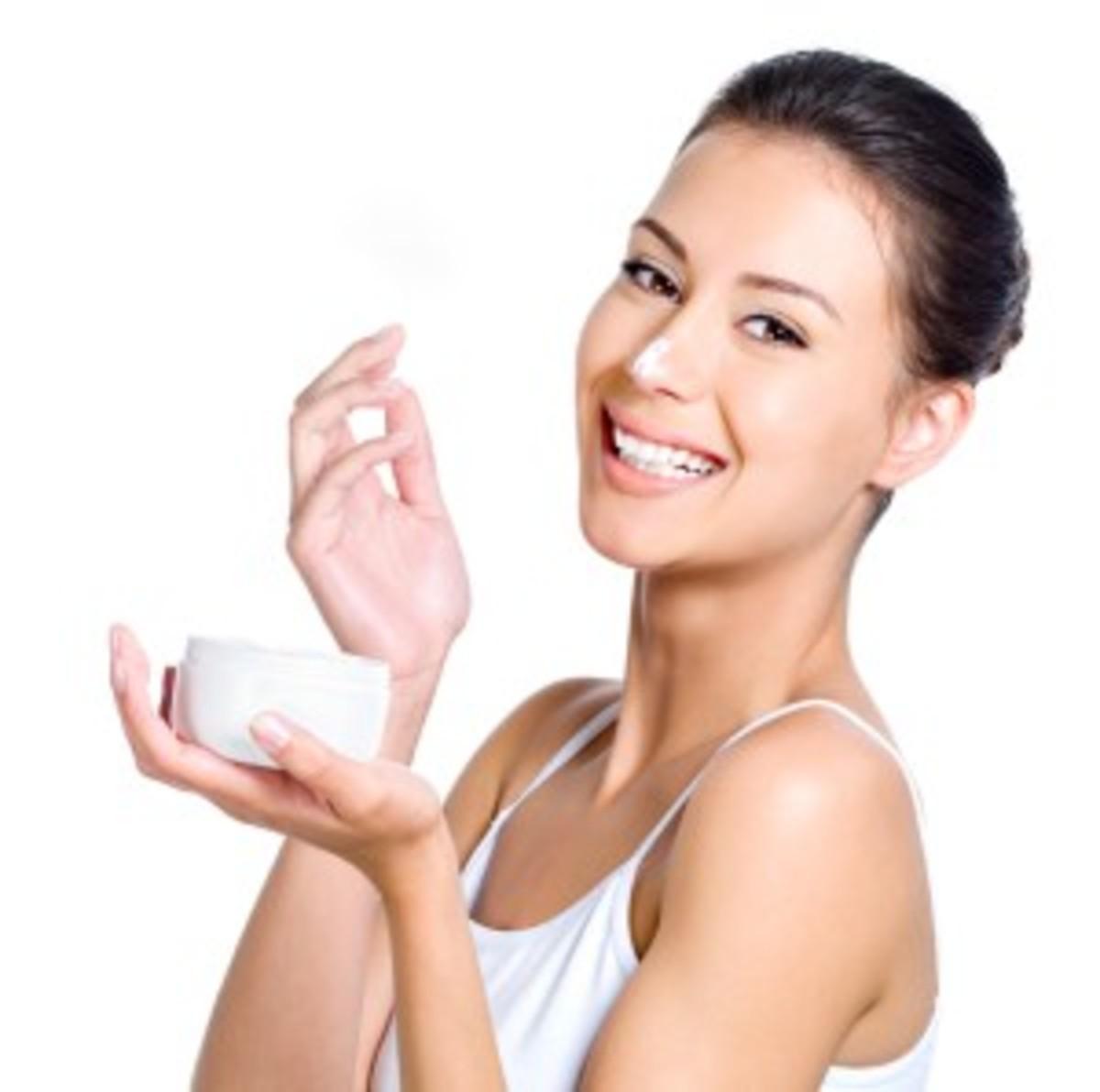 Super Easy DIY Antibacterial Home Made Moisturizer For Acne Affected Skin