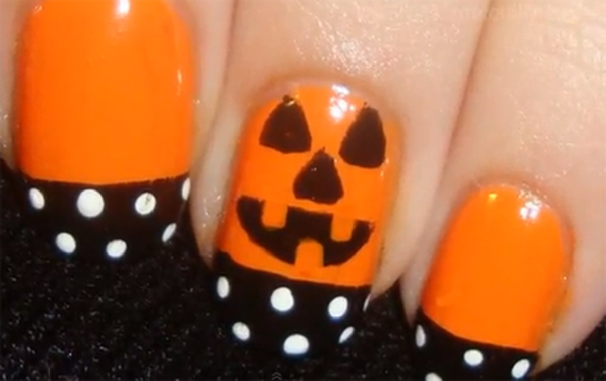 Nothing says Halloween like pumpkin nails.