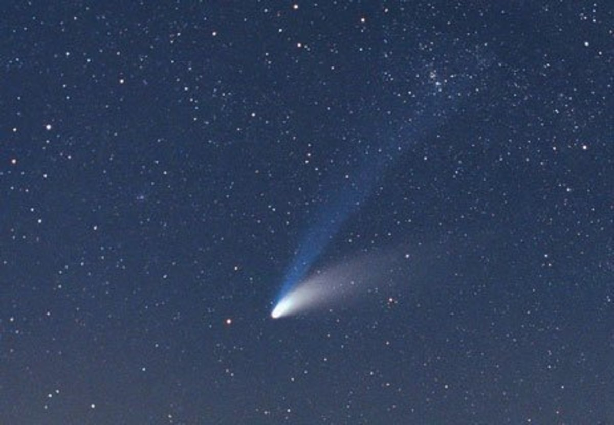 Could a comet, such as the one pictured here, have caused the massive atmospheric explosion over Tunguska?