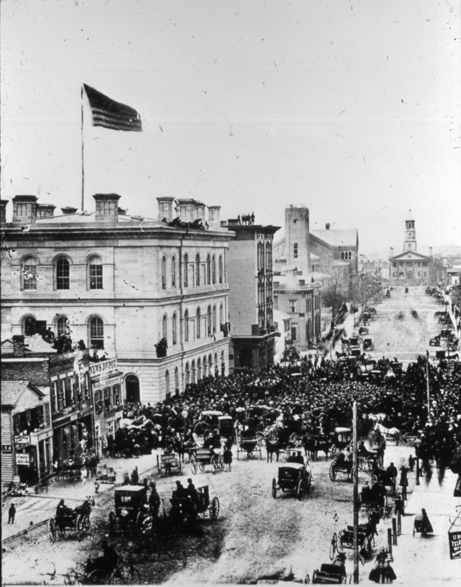 Rally in Detroit, MY in April, 1861 - officials take the oath of allegiance