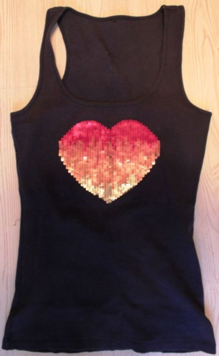 Heart Pattern on T Shirt Photo