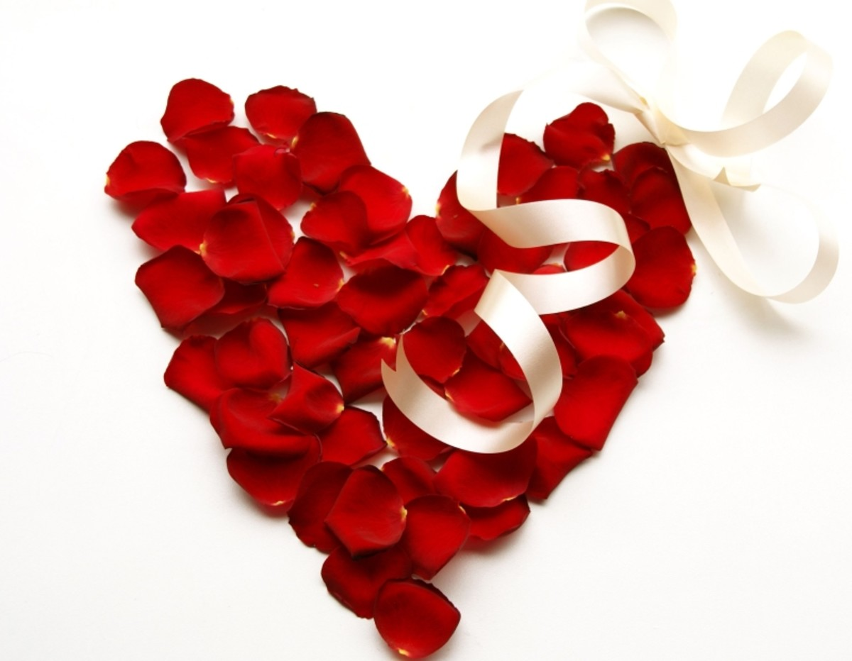 Rose Petal Heart Picture