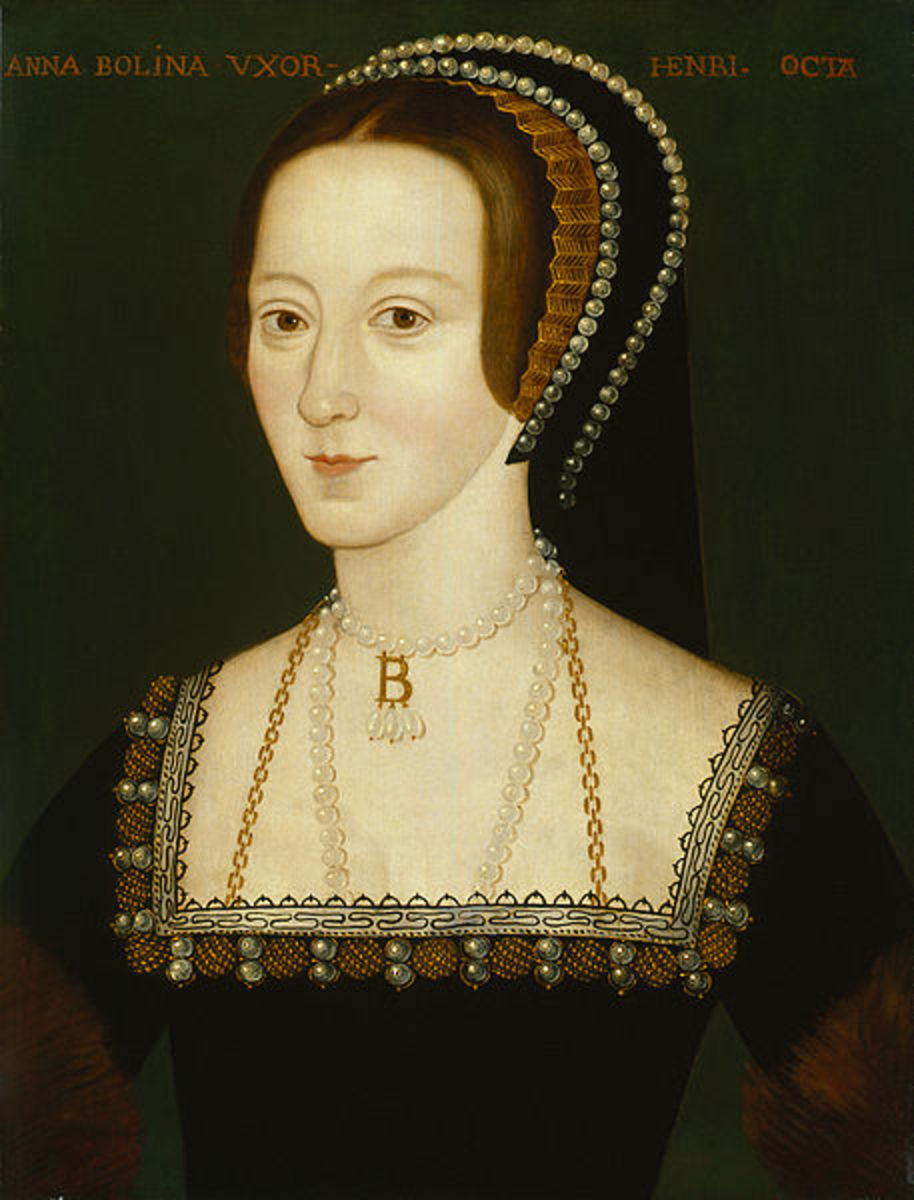 Anne Boleyn was one of Mary Tudor's ladies-in-waiting