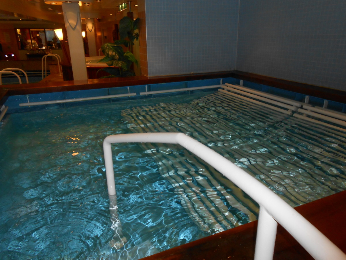 The second type of hot tub with metal bars to lay on and the bubbles come up from underneath...very relaxing!