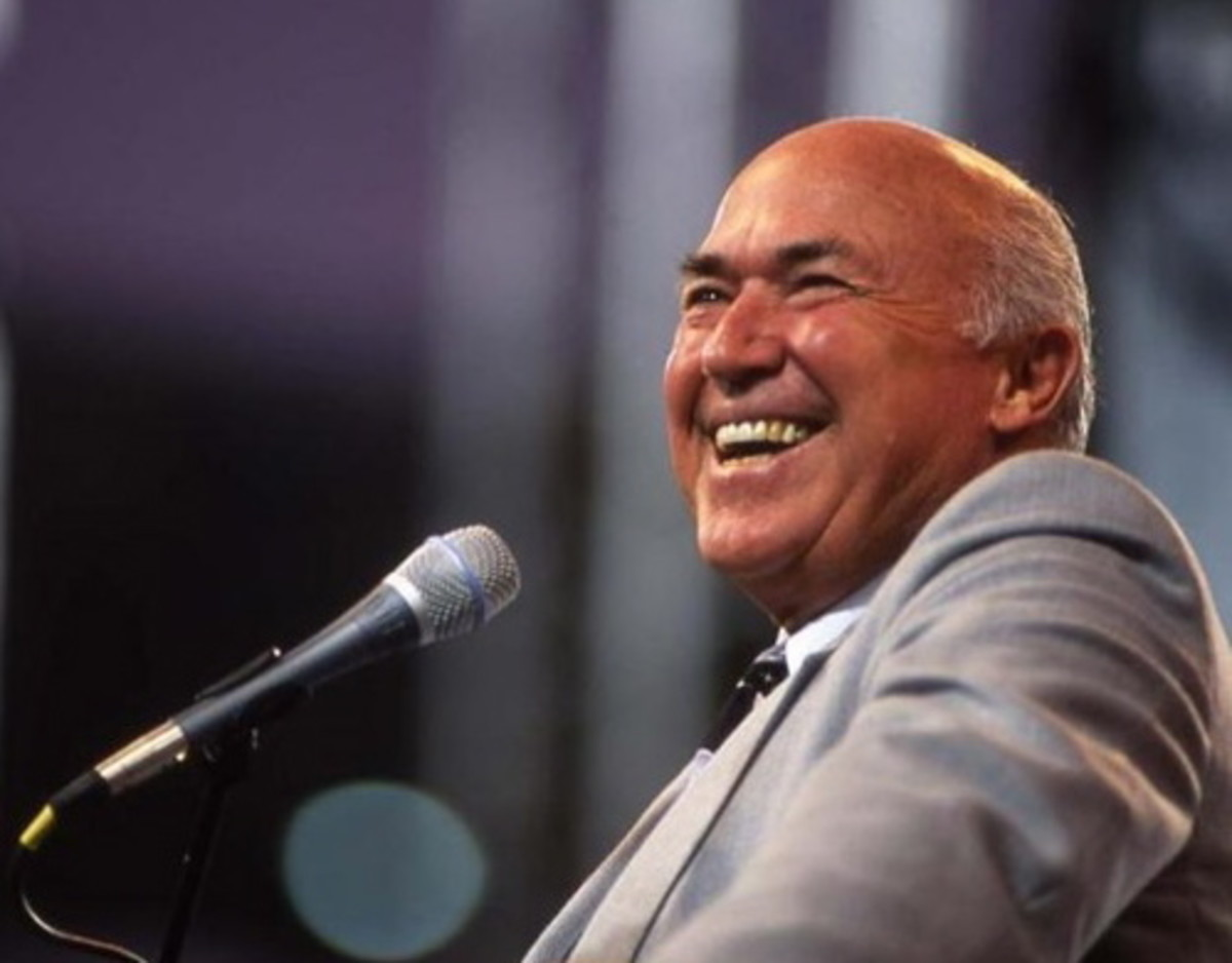 PASTOR CHUCK SMITH - FATHER OF THE JESUS MOVEMENT (1927 - 2013)