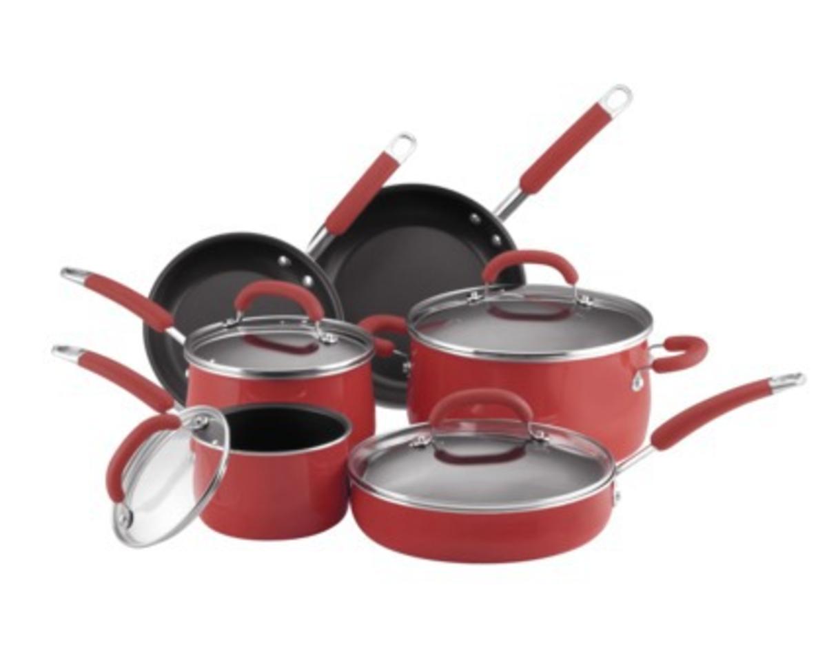 why-i-love-rachel-rays-10-piece-cookware-set