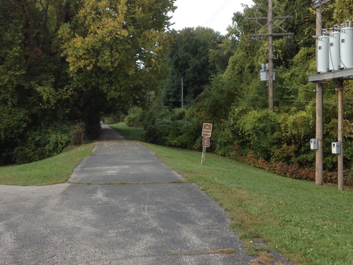Westboro Canterbury Greenway, Liberty Missouri, Trail on old rail road bed